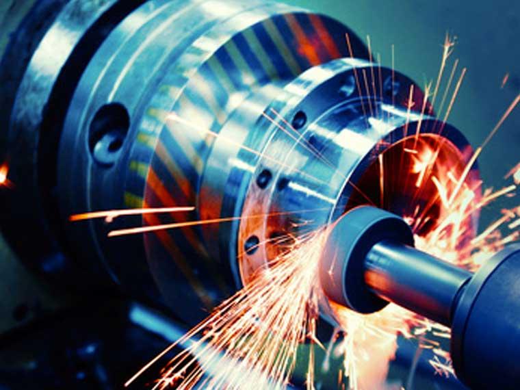 Straub Metallverarbeitung und Metallschleiferei, Fräsen